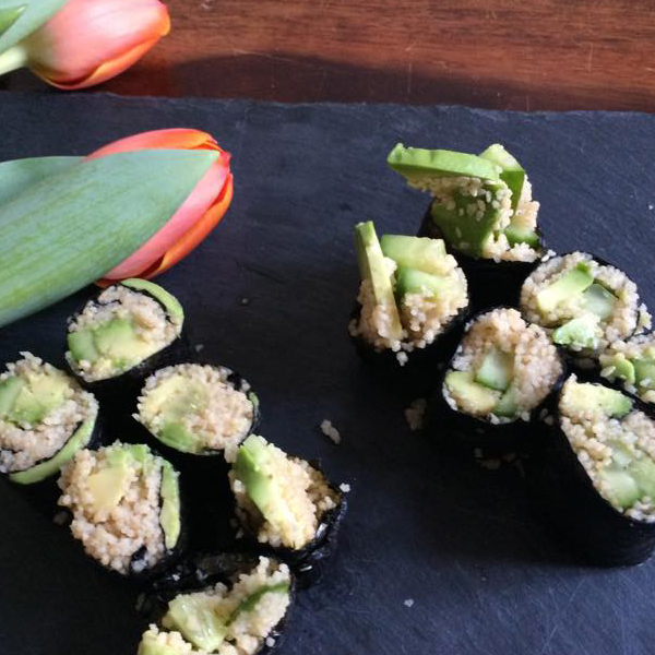 Vegane Couscous Sushi, vegane Küche, einfach vegan Kochen, Rezept Sushi
